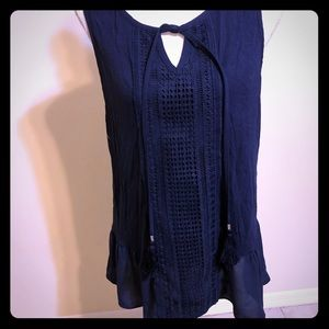 White House black market navy sleeveless blouse